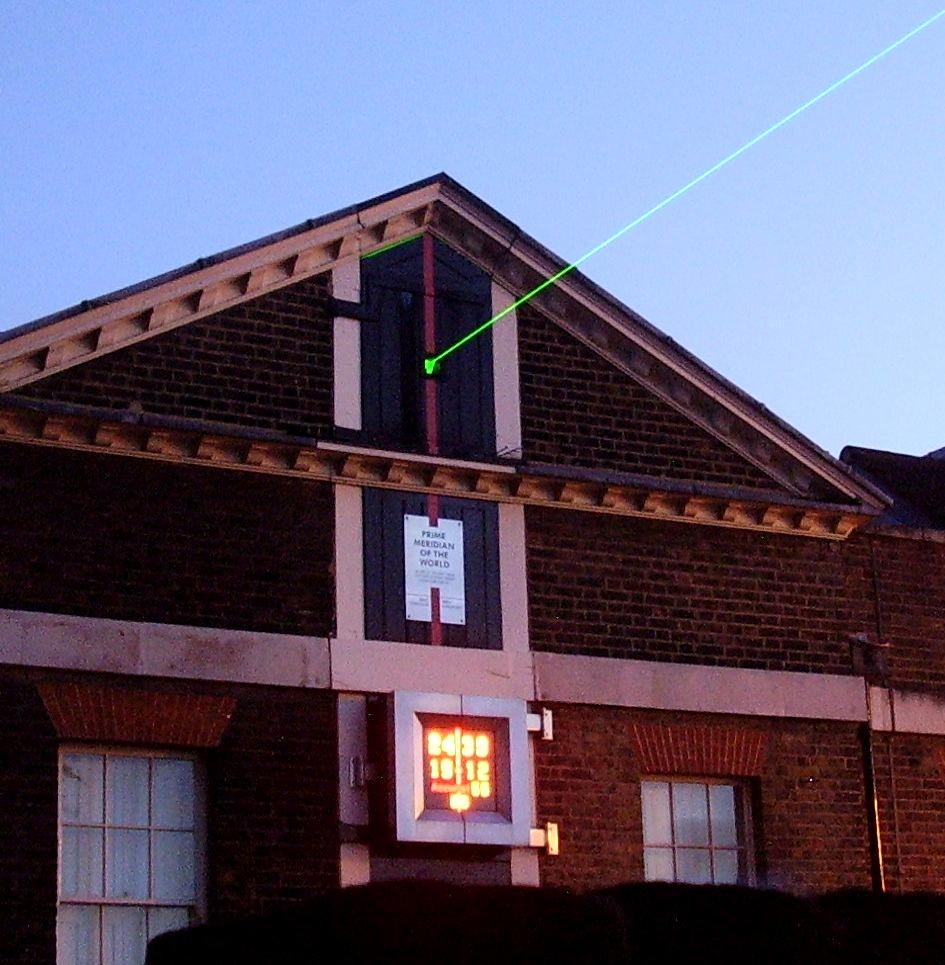 Лазерный луч Гринвичской обсерватории.